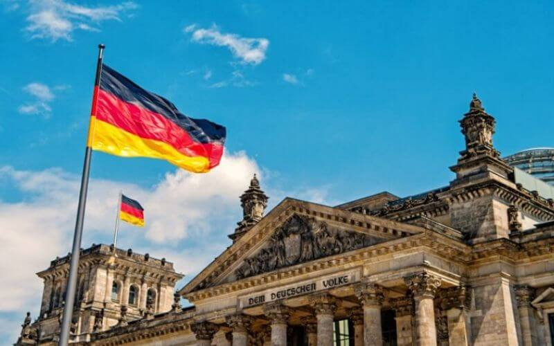 GERMANY'S NEW BUSINESS IMMIGRATION LAW